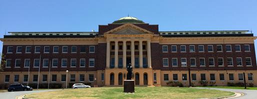 Gedung University of Queensland